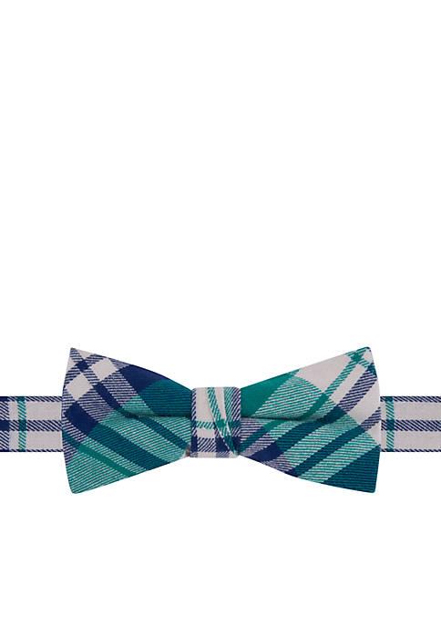 IZOD Aiden Plaid Bow Tie