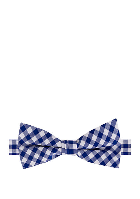 Crown & Ivy™ Boys Gingham Harbor Bow Tie