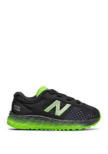 New Balance Boys 5-10 Arishi V2 Sneakers