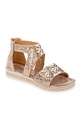 KensieGirl Wedge Metallic Sandal (Girls' Toddler-Youth) A9SkDgkI1x