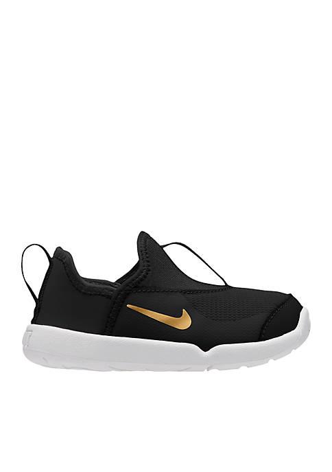 Nike® Infant/ Toddler Girls Lil Swoosh Shoe