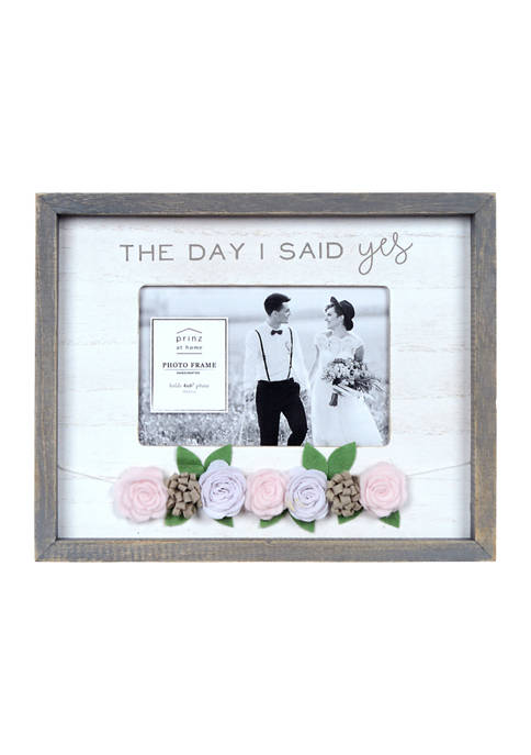 New View Wedding Frame- Felt Flower, The Day