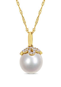 10 mm-10.5 mm South Sea Cultured Pearl and 1/10 ct. t.w. Diamond Accent Vintage Necklace in 14k Yellow Gold