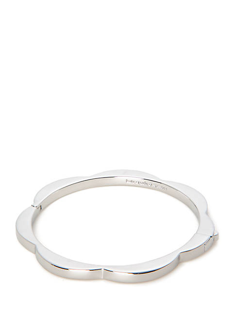 kate spade new york® Sliced Scallops Hinge Bangle