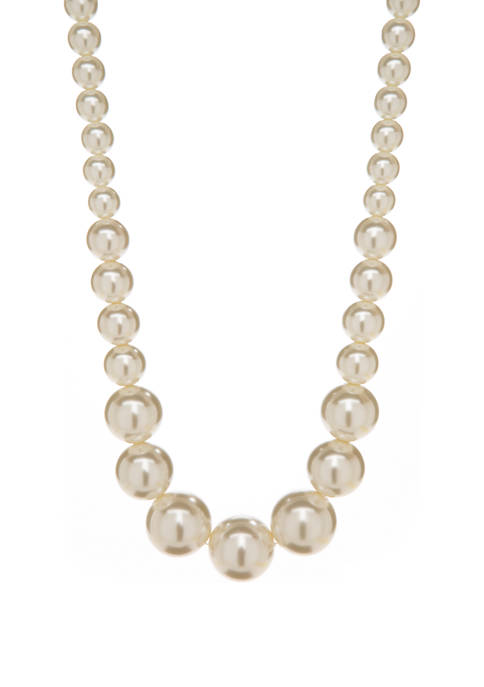 18 Inch White Pearl Strand Necklace