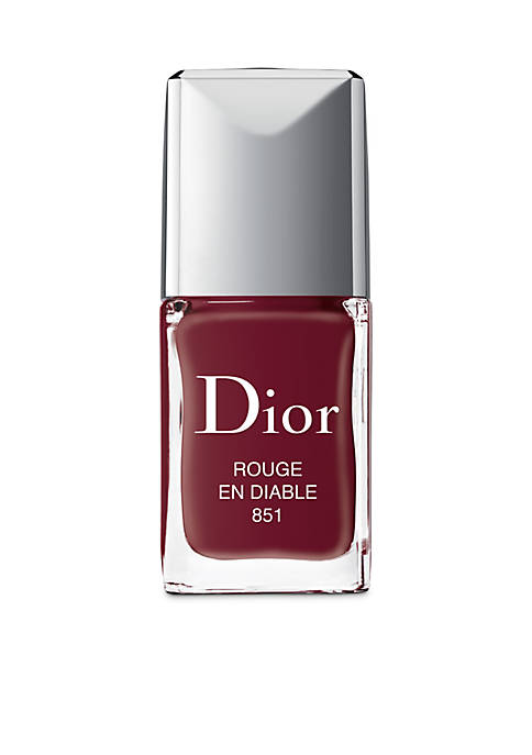 Limited Edition Vernis Couture Colour, Gel Shine, Long Wear Nail Lacquer