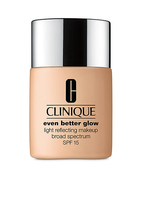 Clinique Even Better Glow™ Light Reflecting Makeup Broad