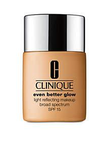 Even Better™ Glow Light Reflecting Makeup Broad Spectrum SPF 15