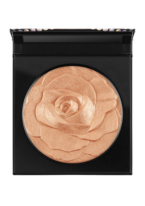 MAC Selena La Reina Extra Dimension Skinfinish
