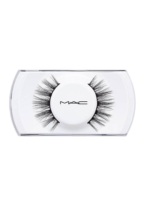 MAC Opportunist Lash