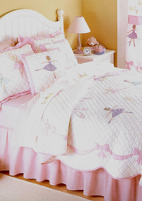 Ballet Lessons Pink Twin Quilt Set 68-in. x