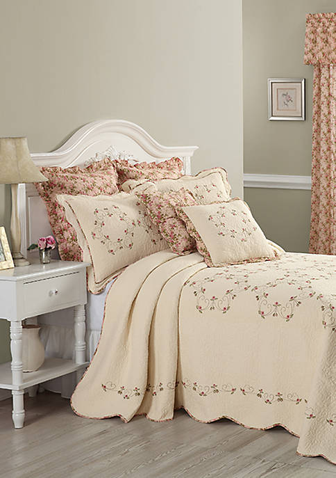 Modern Heirloom Collection Felisa Bedspread