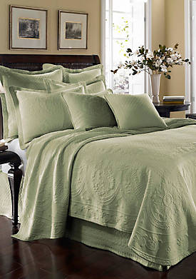King Charles Queen Coverlet 90-in. x 96-in.
