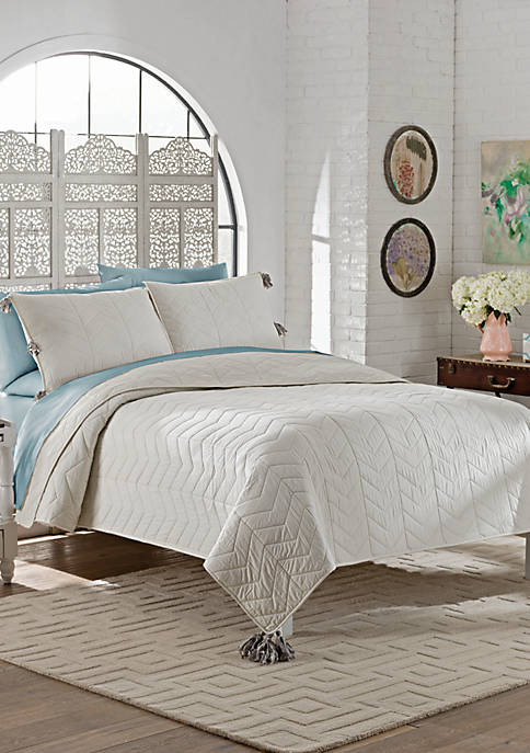 Marble Hill Nadia Quilt Set
