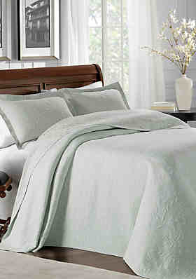 Shop Bedspreads Bedspread Sets King Queen Full More Belk