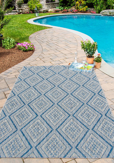 5 ft 3 in x 7 ft 6 in Lake Palace Area Rug