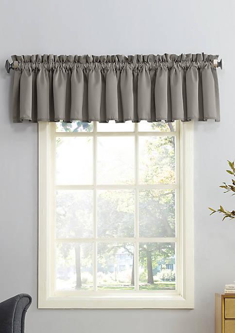 Sun Zero™ Taylor Rod Pocket Room Darkening Window