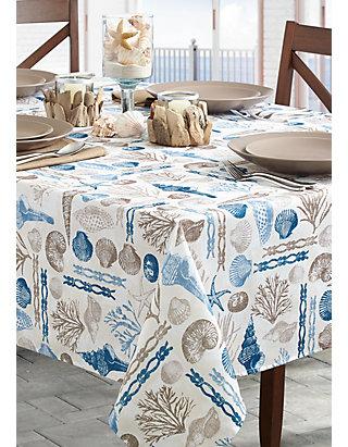 Benson Mills Ocean Treasure Indoor/Outdoor Tablecloth 70-in  Round