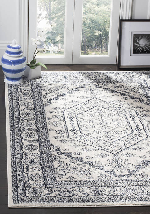 Adirondack 2 ft 6 in x 8 ft Area Rug