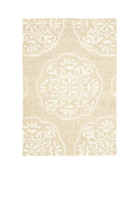 Safavieh Bella Beige/White Area Rug 2-ft. x 3-ft.