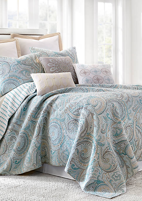 Levtex Wythe Spa Quilt Set