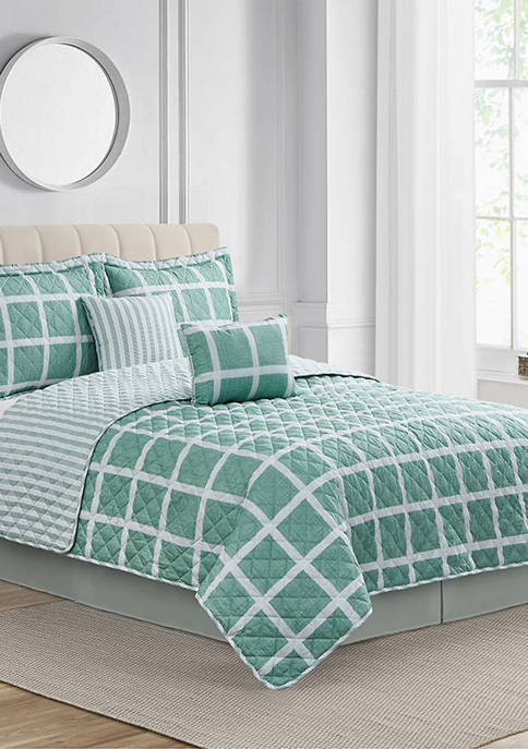 Modern. Southern. Home.™ Lusby Sage Quilt Set