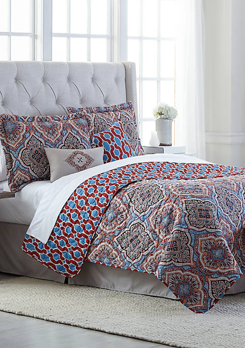 Modern. Southern. Home.™ Decatur Reversible 6 Piece Quilt