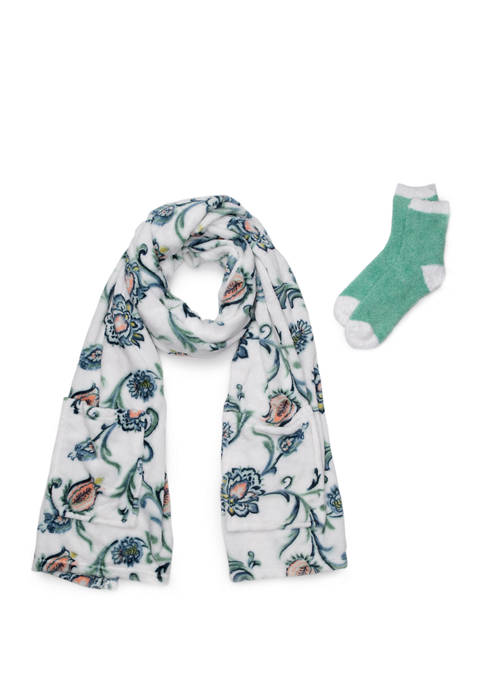 Modern. Southern. Home.™ Boxed Readers Blanket and Socks