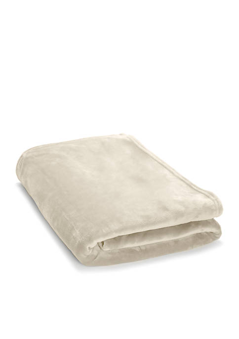 Modern. Southern. Home.™ Solid Plush Blanket