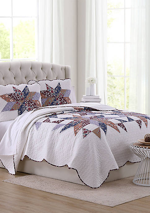 Modern. Southern. Home.™ Hailey Star Quilt