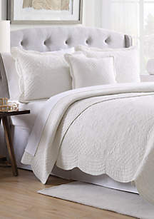 Scalloped Tiles Quilt Collection