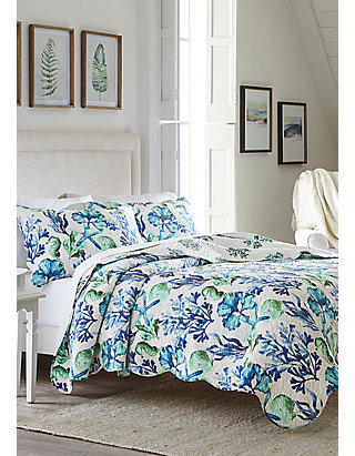 Liberty Americana Patchwork Quilt Set in Queen,King or Twin Quilt Plus Shams C/&F