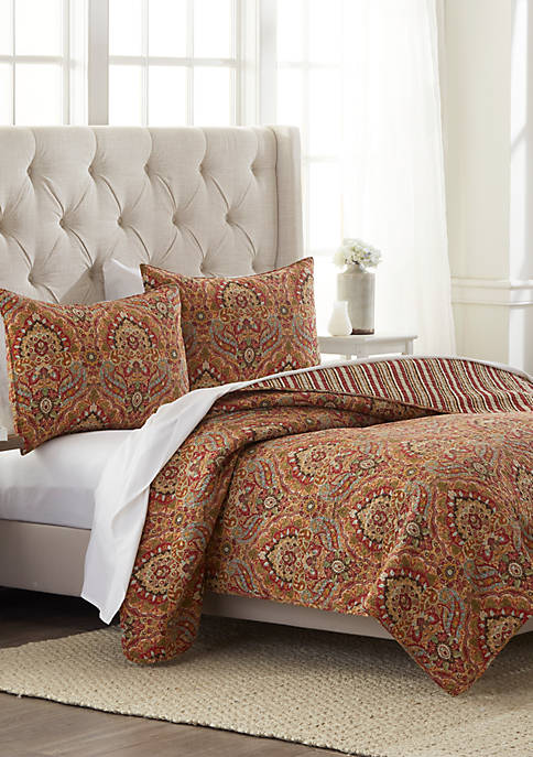 Modern. Southern. Home.™ Nadia Quilt