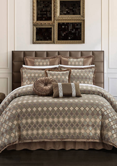 Chic Home Sue Comforter Set