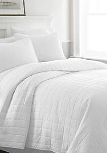Home Collection Premium Ultra Soft Square Pattern Quilted Coverlet Set