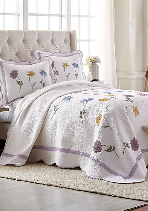 Modern. Southern. Home.™ Isadora Bedspread