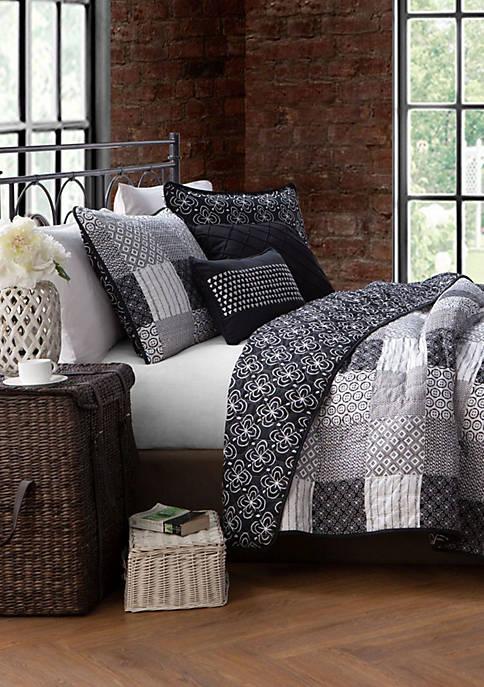Avondale Manor Evangeline Quilt Set