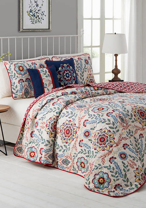 Avondale Manor Valena Quilt Set