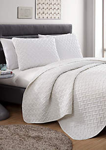 VCNY Home Nina Embossed Quilt