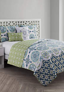 VCNY Home Vandeliss Printed Medallion Quilt Set