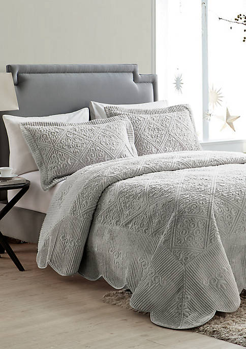 Westland Quilted Plush Bedspread Set