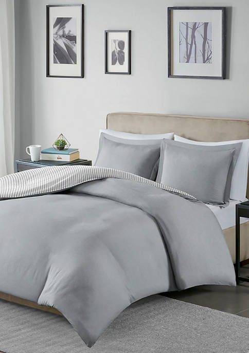 Madison Park Essentials Hayden Reversible Stripe Duvet Cover