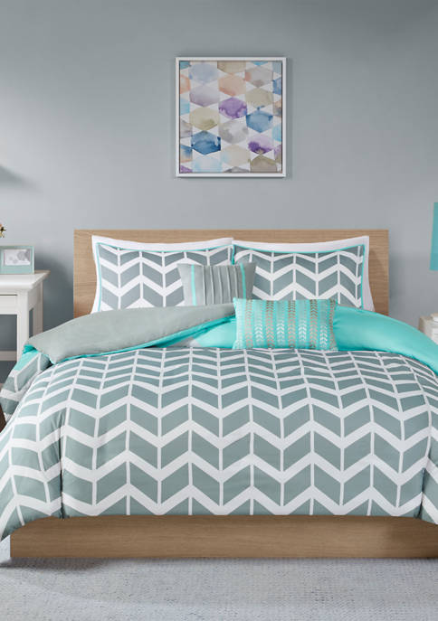 Intelligent Design 4 Piece Nadia Duvet Cover Set