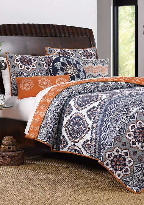 Medina Quilt Set with Bonus Pillows