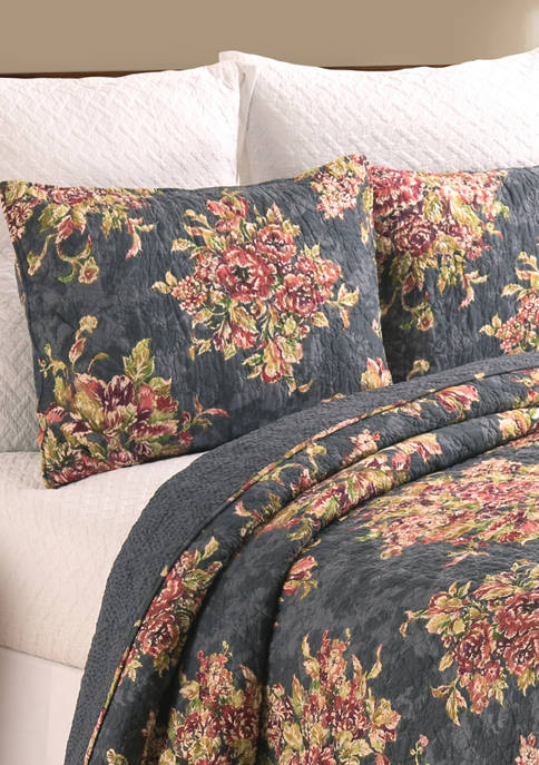 C&F Regina Floral Quilt Set