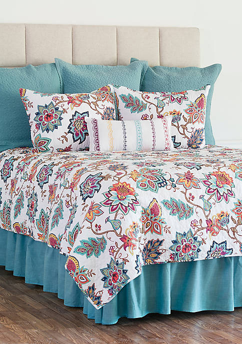 C&F Home Aurora Quilt Set