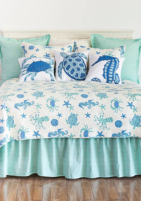 C&F Home Brisbane Quilt Set