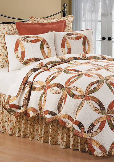 C&F Aurelia Wedding Ring Quilt Set
