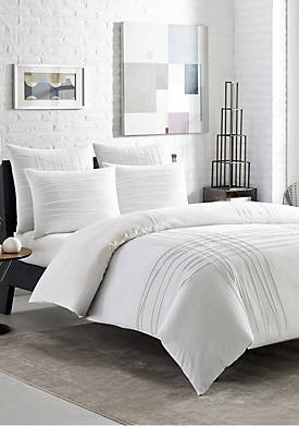Variegated Pleats Comforter Set