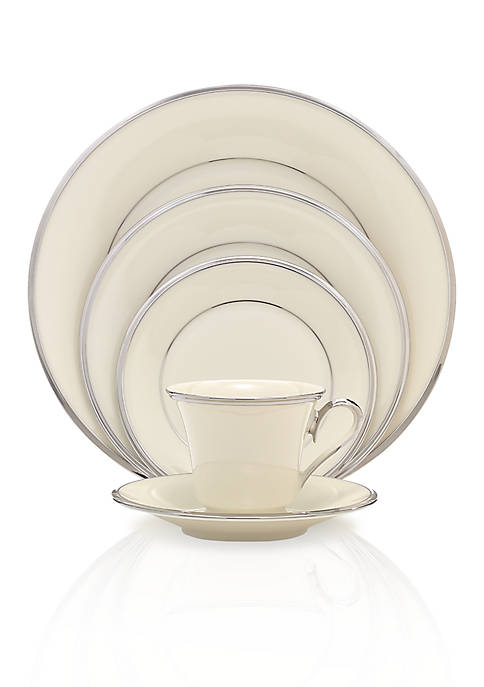 Solitaire 5-Piece Place Setting